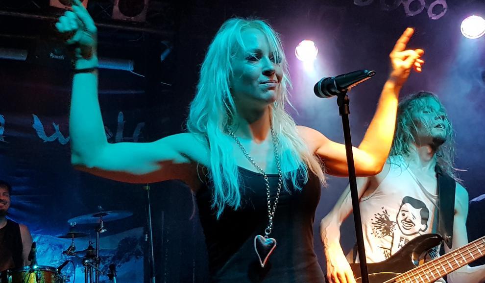Gut bekannt Treat, Dark Sky, Jessica Wolff - Mannheim, Universum | metalinside ZJ97